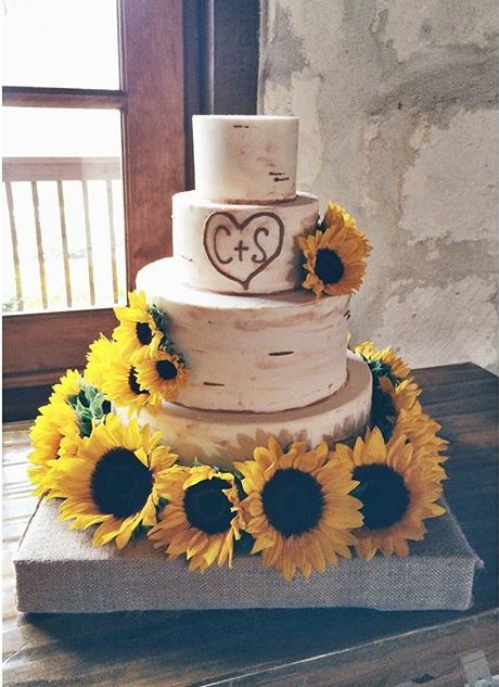 tree trunk and sunflowers wedding cake