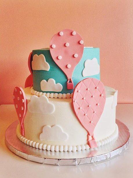 hot air balloons cake