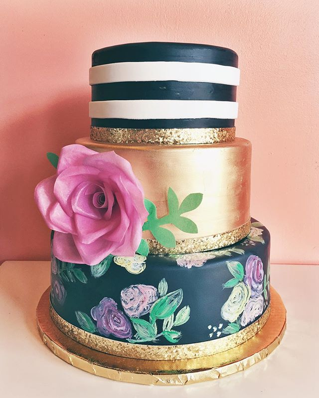 floral cake hand painted and gold