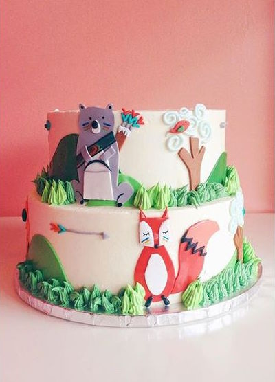 Buttercream cake with 2D fondant woodland animals