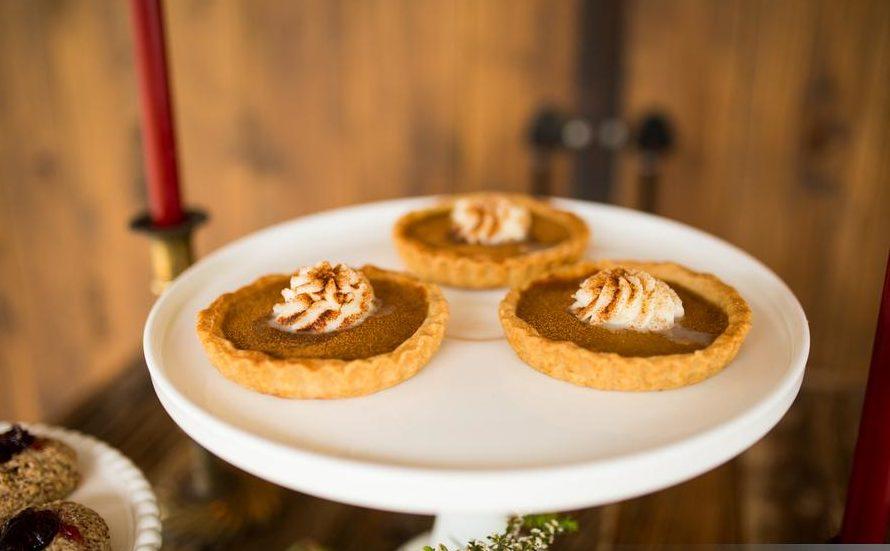 mini pumpkin pies wedding