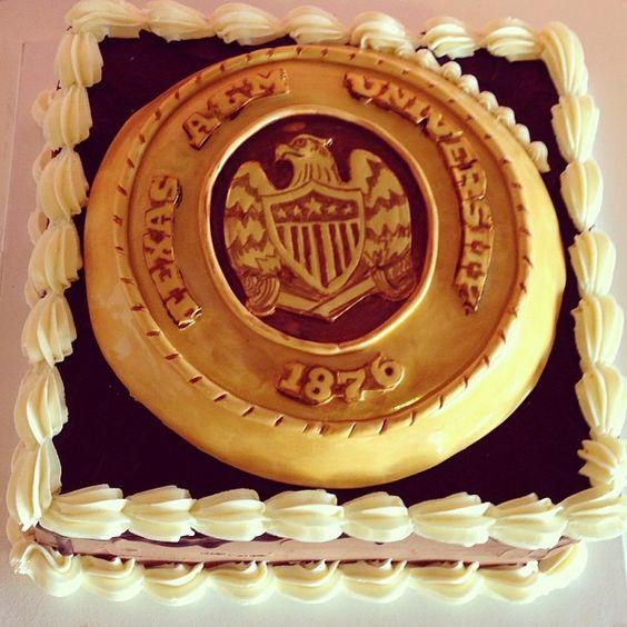 graduation cake aggie ring