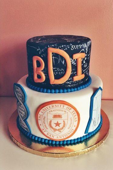 graduation cake chalkboard