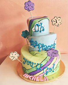 graduation cake dr suess