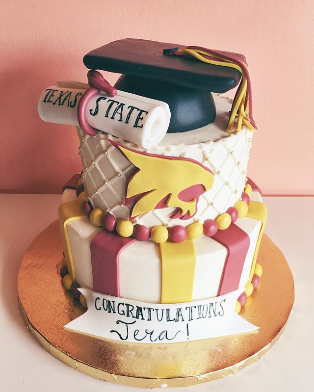 graduation cake texas stated bobcat