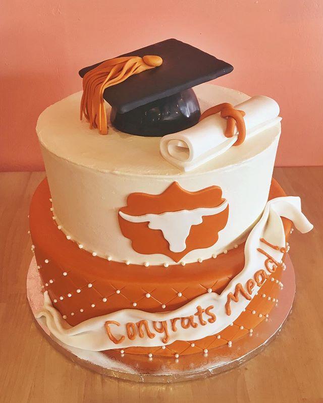 graduation cake ut