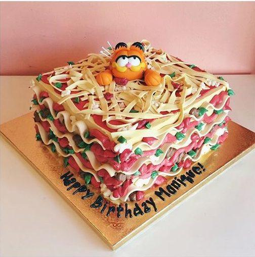 pop culture cake garfield