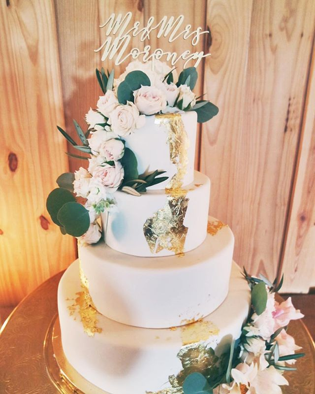modern wedding cake pictures modern wedding cake gallery 2tarts bakery 17478